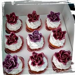 Капкейки с розами_1