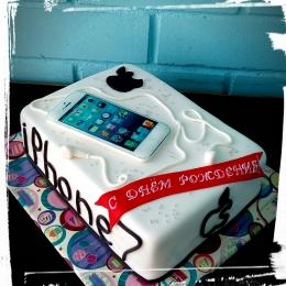 Торт с айфоном_1