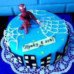Торт с человеком пауком_1