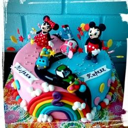 Торт для двух детей с Микки маусами_1