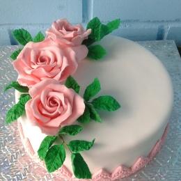 Торт с сахарными розами_1