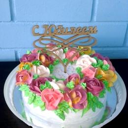 Торт кремовый с цветами_1