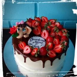 Торт с клубникой и мамонтенком_1