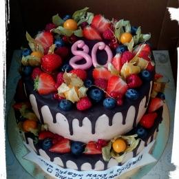 Торт на юбилей с фруктами_1