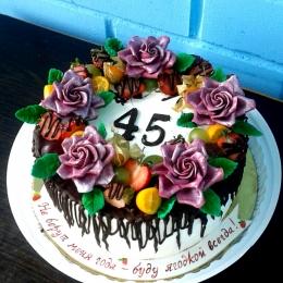 Торт без мастики с фруктами и цветами_1