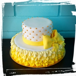 Торт бело-желтый_1