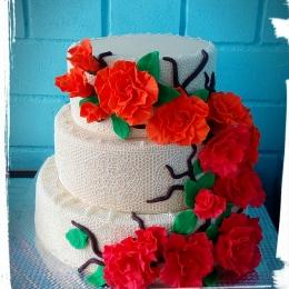 Торты свадебные Кружево и розы_1