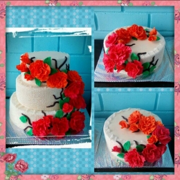 Торты свадебные Кружево и розы_2
