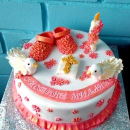 Торт на Крещение с голубками, пинетками и свечой._1